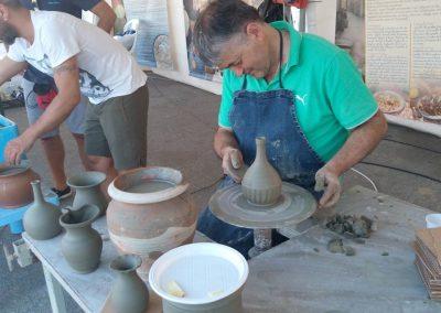 3. stand ceramica